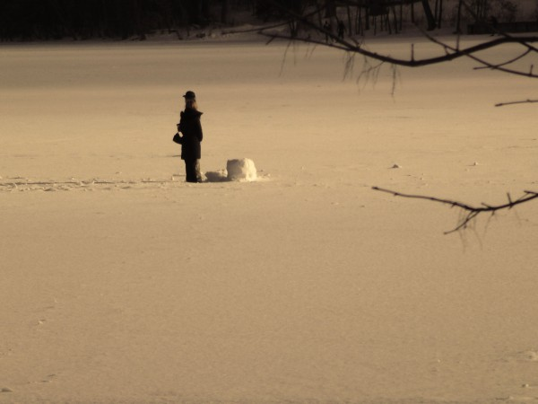 fallen-snowman-1